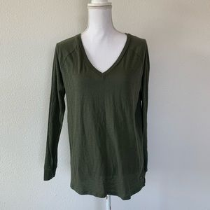 Victoria's Secret PINK Long Sleeve V Neck green